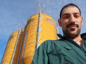 Fabrizio lavora in azienda agricola